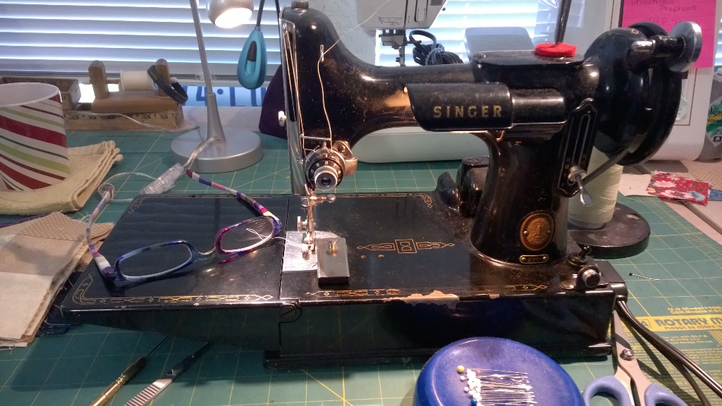 sewing-machine1